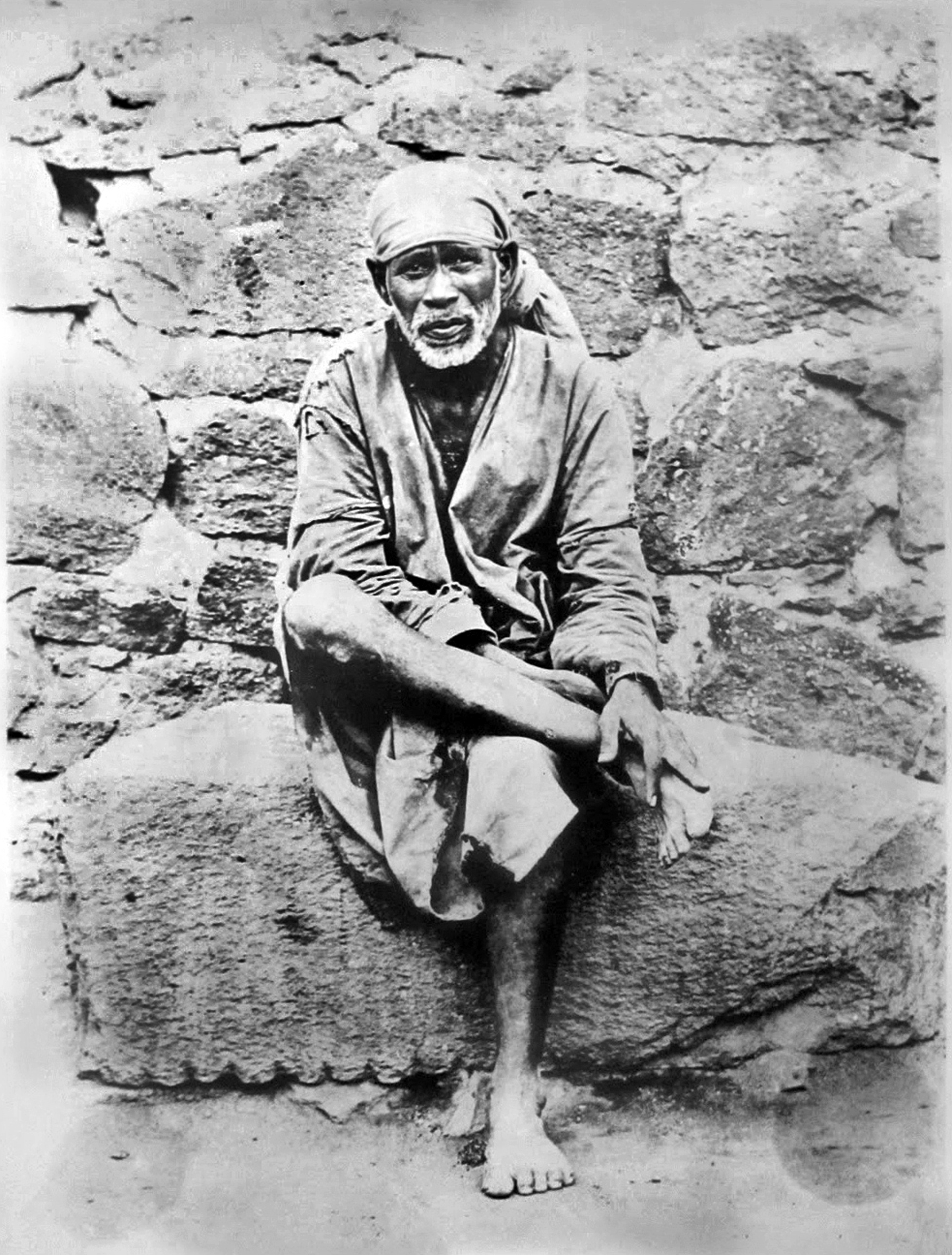 sai baba on stone the best2